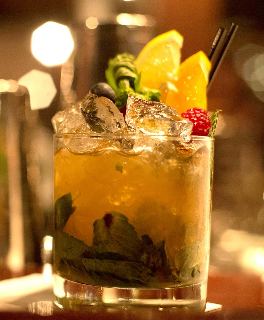 ... Drink Recipe: Woodford Reserve Peach Julep | Earn. Eat. Save. Stretch
